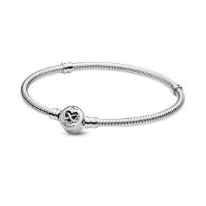 Bracciale Pandora Moments con maglia snake e chiusura con cuore e simbolo dell'infinito Misura 19